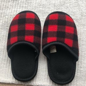 Other - Size 11-12 boy slippers